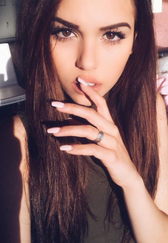 17 Pretty Makeup Ideas With Pastel Colors: ((FC: Maggie Lindemann)) Hi, I'm Maggie. I'm 17 Years Old