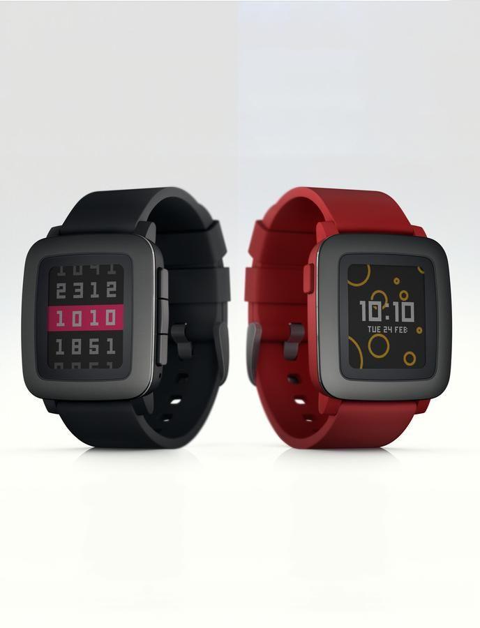 1d41b3789a92 The Pebble Time smartwatch.  PEBBLE  RELOJ  INTELIGENTE  SMARTWATCH   INGAMEPLAY