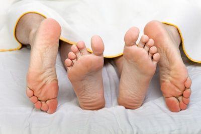 Hidastaminen rakastelun äärelle on parantavaa - Aaro Löf http://hidastaelamaa.fi/2014/11/aaro-lof-hidastaminen-rakastelun-aarelle-on-parantavaa/