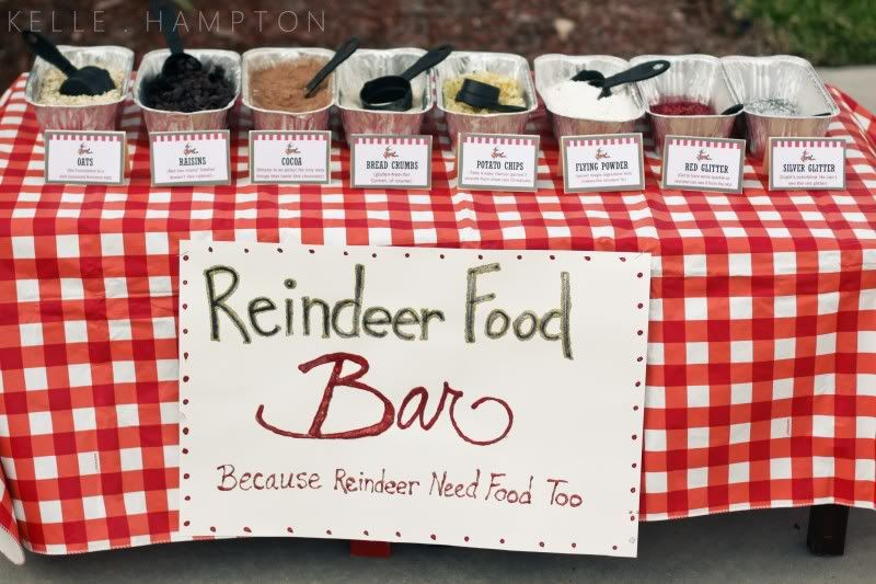 Reindeer Food Bar - oats, raisins, cocoa, bread brumbs, potato chips, flying powder and glitter.