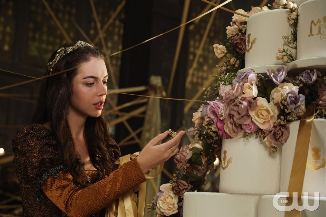 """Reign -- """"Pulling Strings"""" -- Image Number: RE409b_0079.jpg -- Pictured: Adelaide Kane as Mary, Queen of Scots -- Photo: Ben Mark Holzberg/The CW -- © 2017 The CW Network, LLC. All Rights Reserved"""