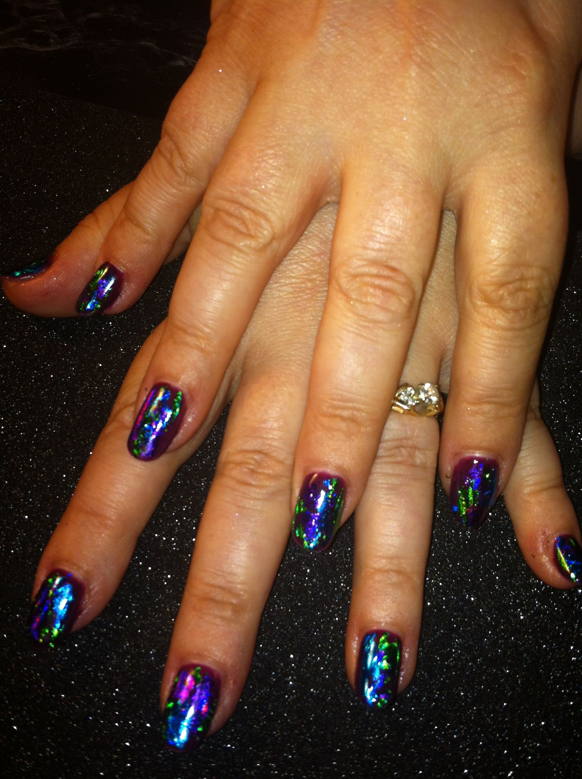 Shellac nails with foil. | Nails by LYSA! | Pinterest
