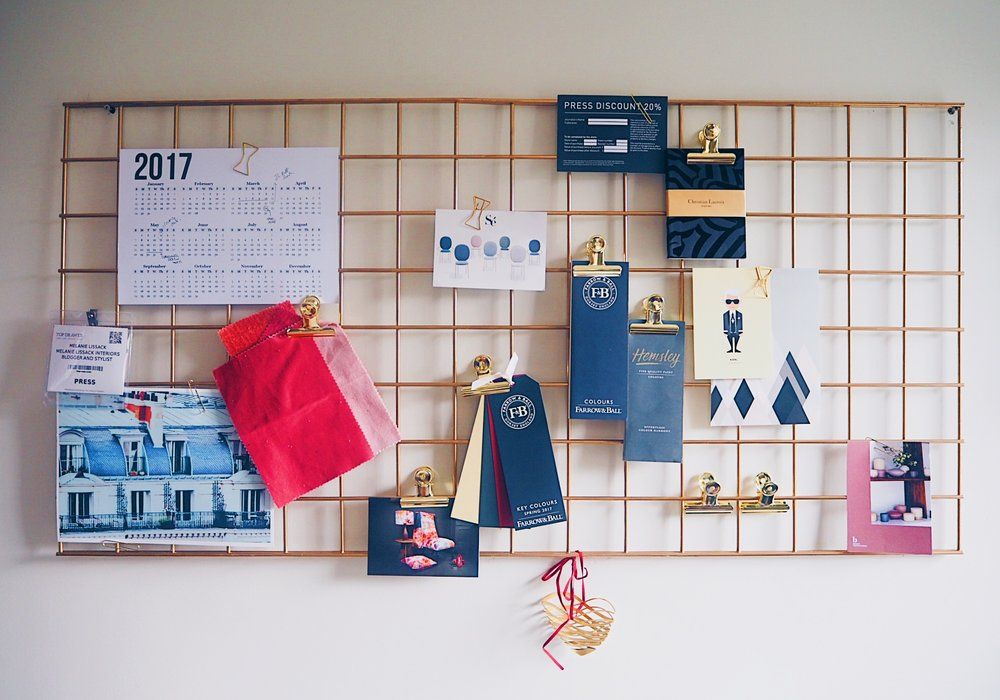 Delicieux DIY An On Trend Gold Mesh Wire Metal Pinboard / Memo Board For Your Home  Office Using A Grid Wall Panel And Metal Primer And Gold Spray Paint.