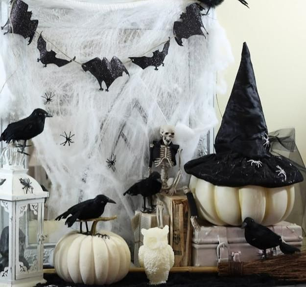 White Painted Pumpkins Google Search Halloween Party Table Black White Halloween Party Table Centerpieces