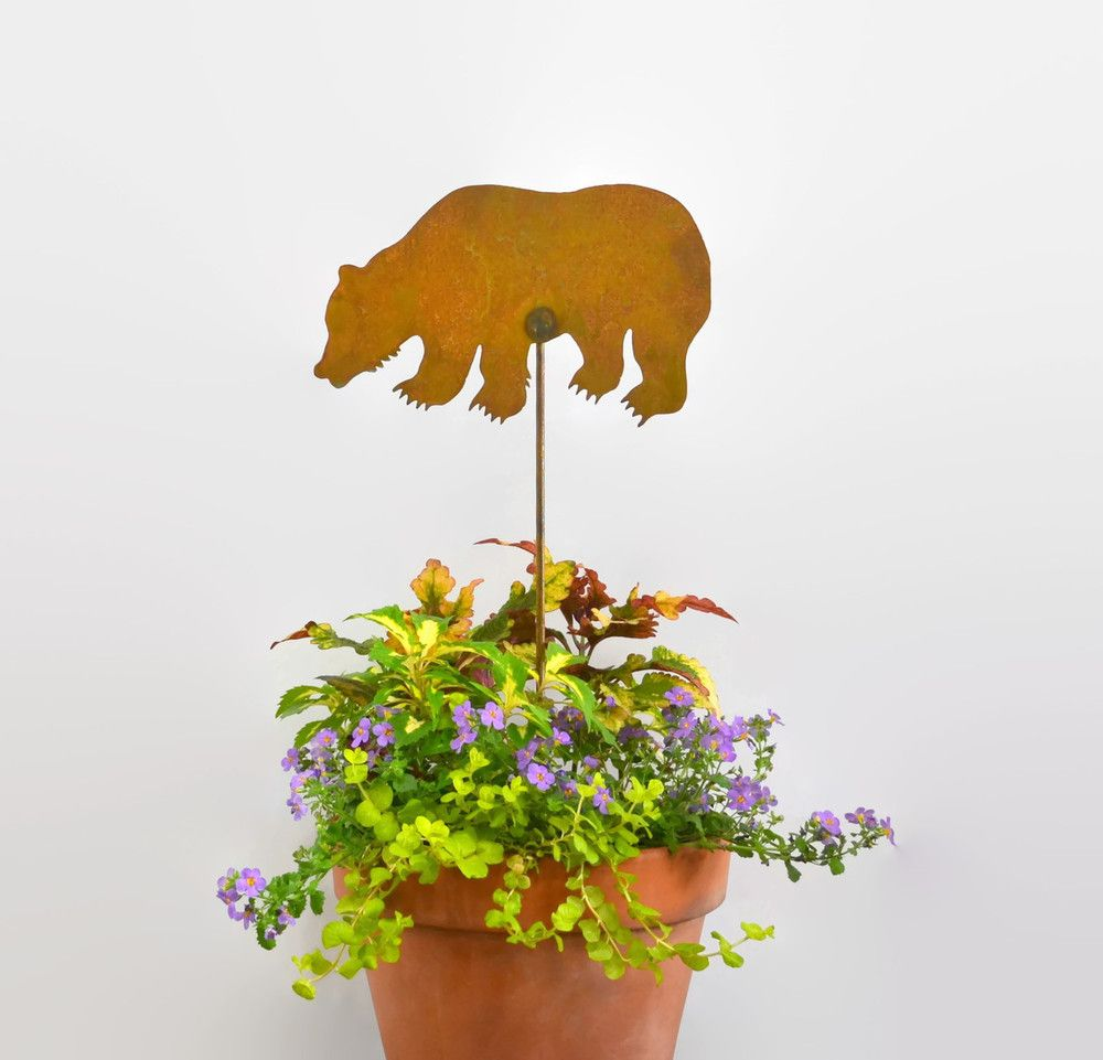 Grizzly Bear Metal Yard Stake GS49 - Oregardenworks Home and Garden