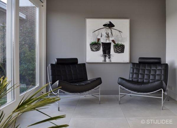 Houten Accessoires Woonkamer : Binnenkijken in een woonkamer en keuken in moderne design