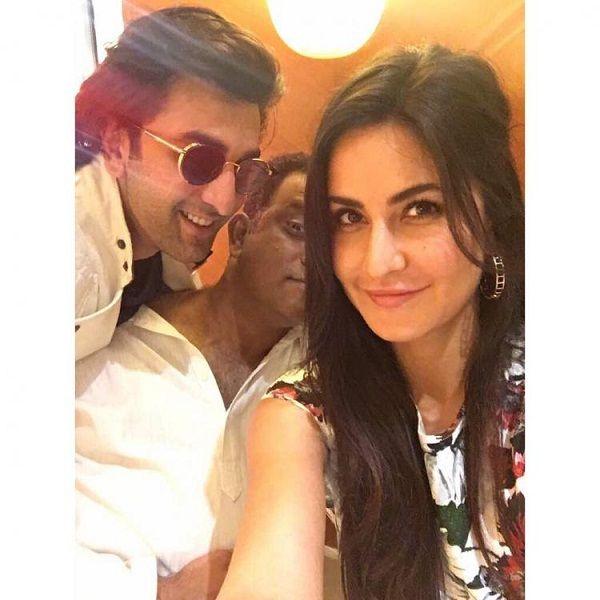 Katrina Kaif Posts A Pic With Ranbir Kapoor On Instagram And Also Crosses 3 Million Followers Fansnstars Katrina Kaif Katrina Anurag Basu