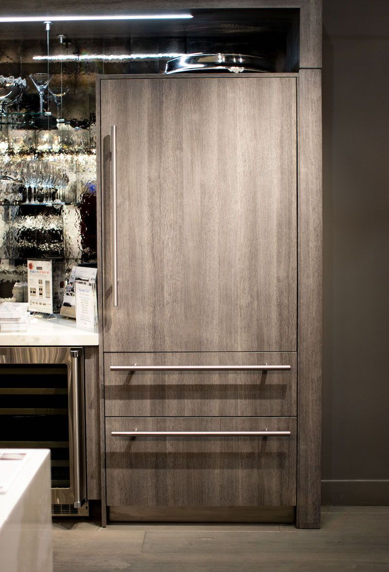 Woodland Cabinetry Viking Showroom In Chicago Cabinetry Custom Cabinetry Home Decor