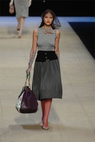 Louis Vuitton Spring 2008 Ready-to-Wear Fashion Show - Stephanie Seymour