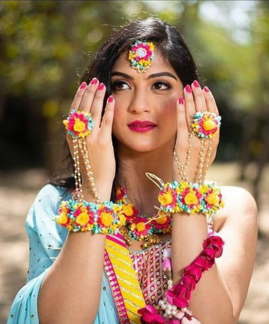 Add a refreshing touch to your mehendi- haldi ceremony with these trending floral jewelry and accessory ideas for the bride-to-be. ..... . . . For more ideas and execution follow us @mrgevennts . . . #weddingorganisersin #weddingplanner #eventplanners #eventplanner #bride #bridalmehendi #bridemaids #bridaljewelry #bridaljwellery #bridesisters #bridegoals #weddinggoals #weddingjewellery #weddings#weddingphotographers