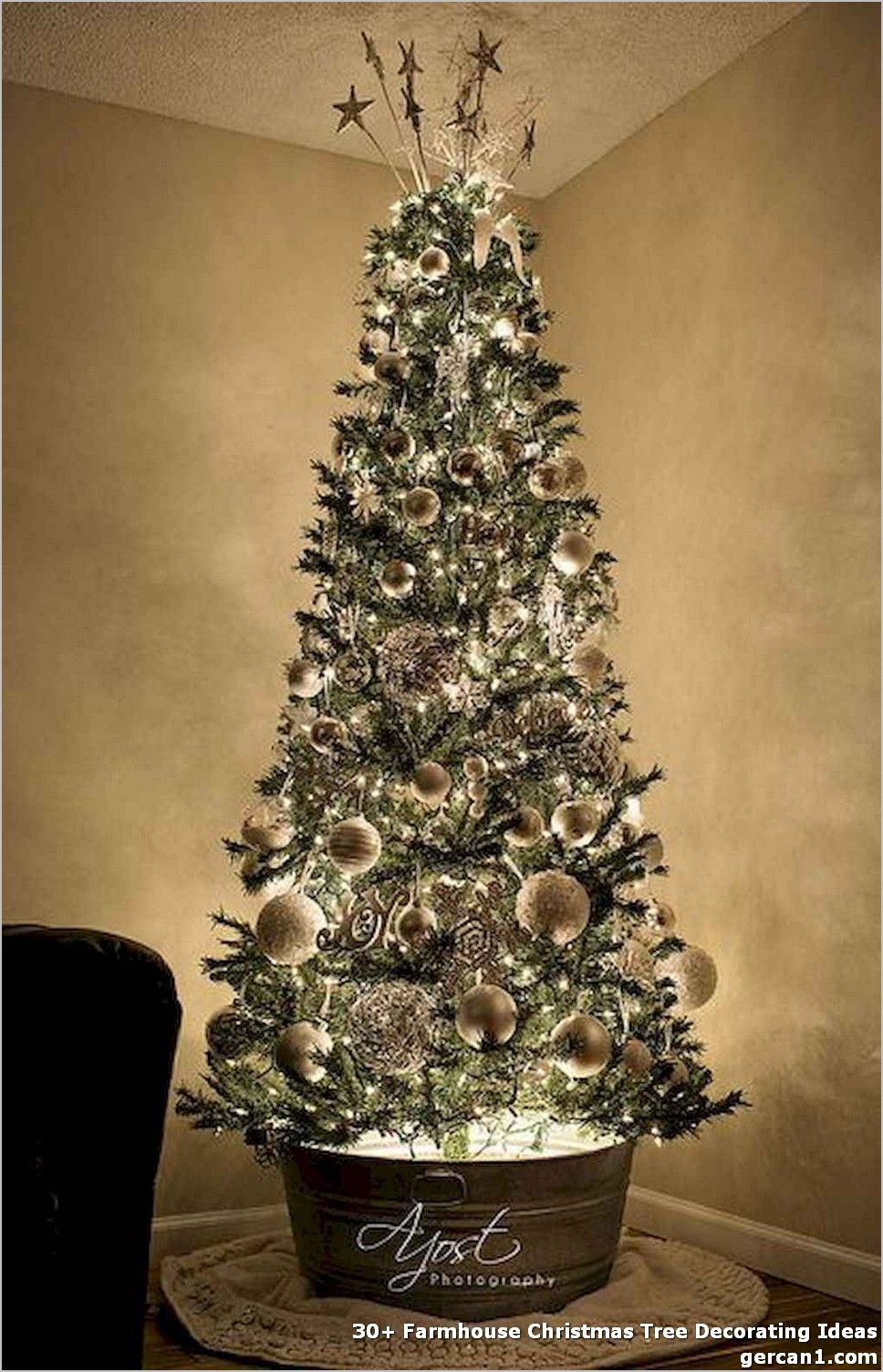 30+ Farmhouse Christmas Tree Decorating Ideas And now