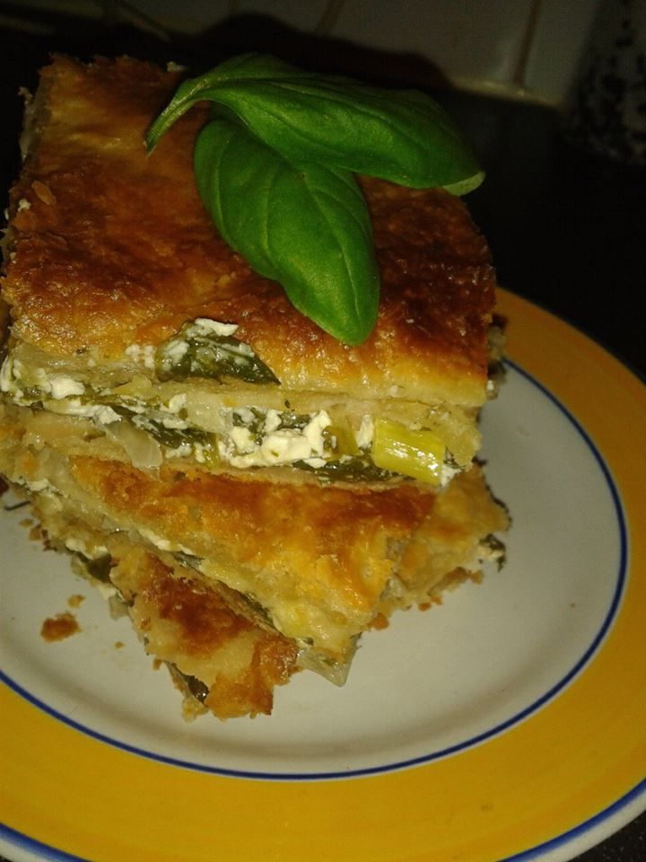 Spinach,Cheese & Onion pastry