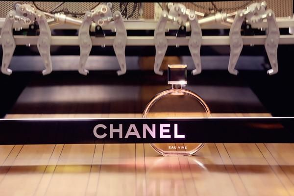 The recent addition in the Chanel Chance fragrance family is Chance Eau Vive; Chanel new launch; perfume; scent; fragrances; top women perfume; top women fragrance