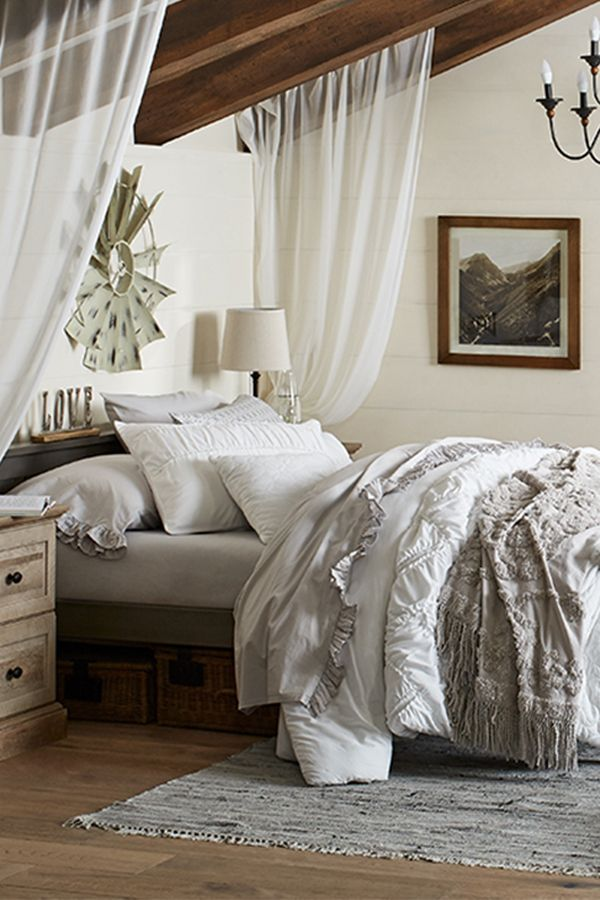 Ideas to give your visitors the coziest guest room yet - Low cost bedroom decorating ideas ...