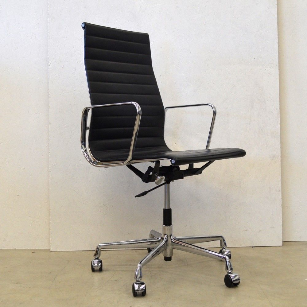Ea119 office chair by charles and ray eames for vitra