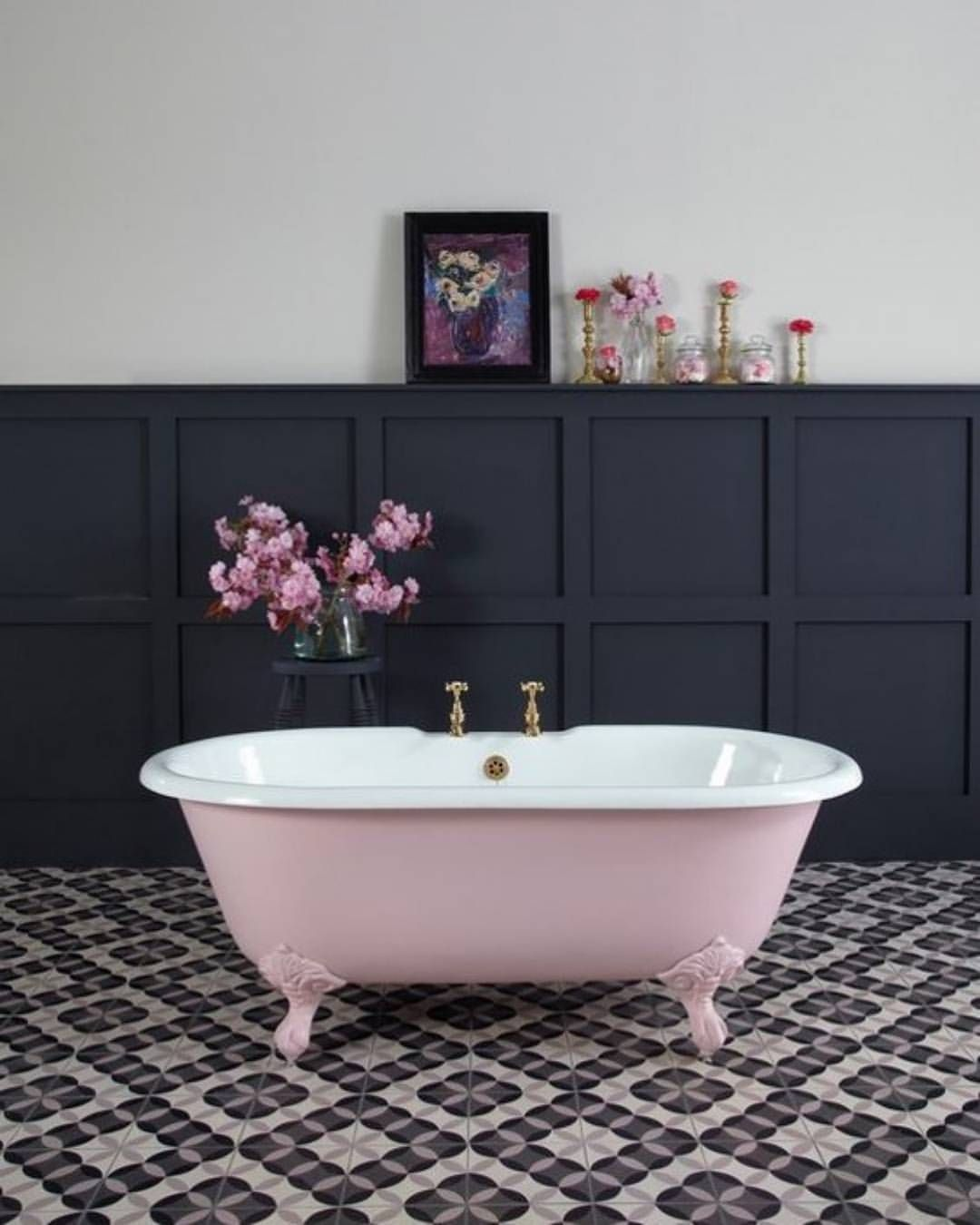 Did you know you can paint a bathtub with the Amy Howard ...