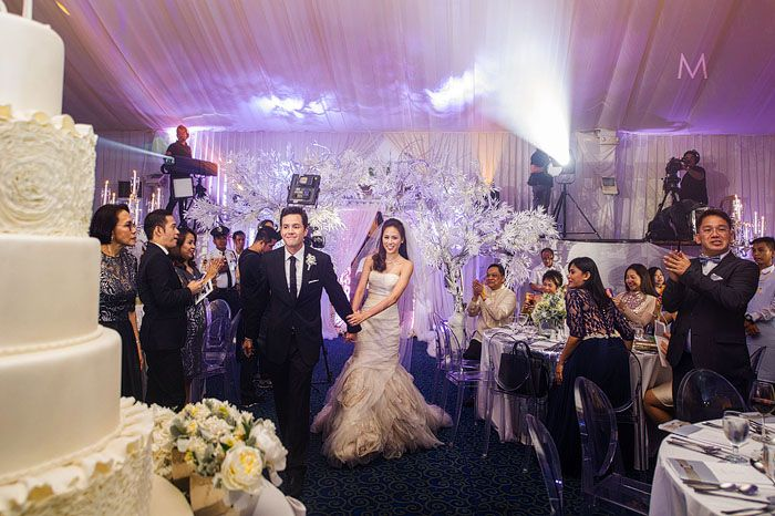 At The Wedding Of Philippine Celebrity Toni Gonzaga Paul Soriano Favors Made By Bc Fragrance Toni Gonzaga Wedding Bride And Breakfast Celebrity Weddings