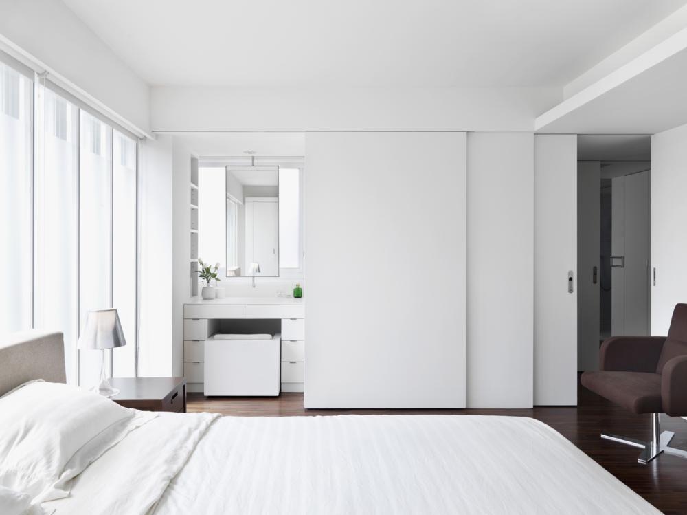 Badezimmer Schiebetür ~ Schlafzimmer mit bad en suite hinter schiebetüren schiebetüre