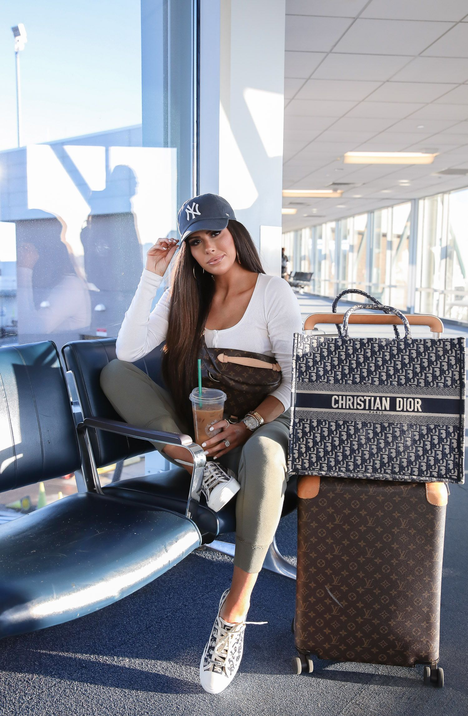 Airport Style Us Travel And Fashion The Sweetest Thing In 2020 Dior Sneakers Airport Style Airport Outfit