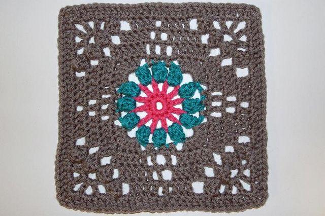 166/365 - Crochet Floral Bouquet Afghan | Pinterest | Häkeln ...