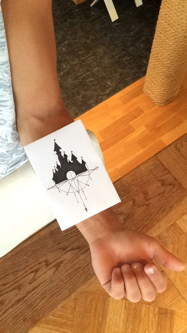 disney castle tattoo idea disneytattoo disney tattoo tattoo pinterest disney castle. Black Bedroom Furniture Sets. Home Design Ideas