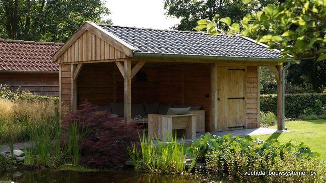 Landelijke eiken houten tuinkamer te Twello.  Vechtdal Bouwsystemen BV www.vechtdalbouwsystemen.nl