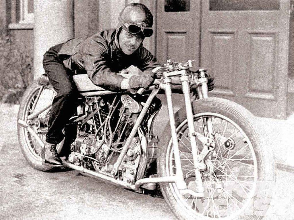 comp-vk-1930-harley-davidson-74-inch-v-twin--1024x768.jpg (1024×768)