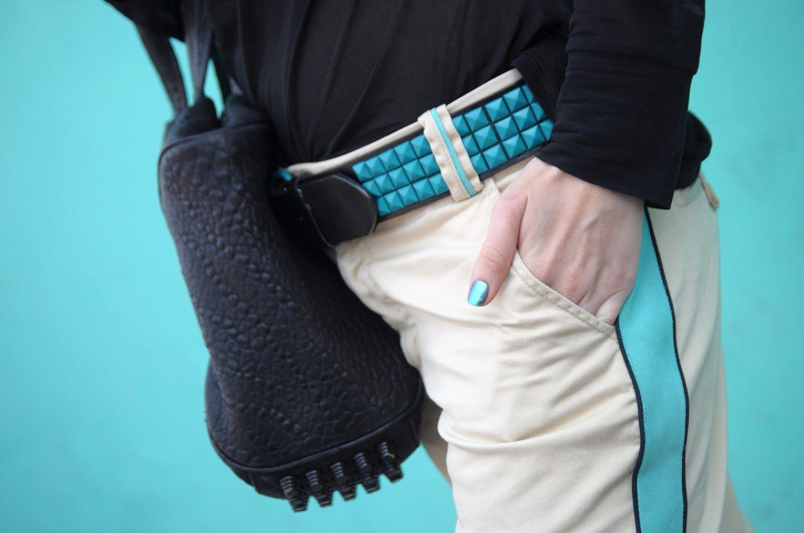 Lignes Graphiques… [http://lizzielo.blogspot.com/2013/10/lignes-graphiques.html] Marc Jacobs pants + Wang Rocco + Chanel Azure vernis