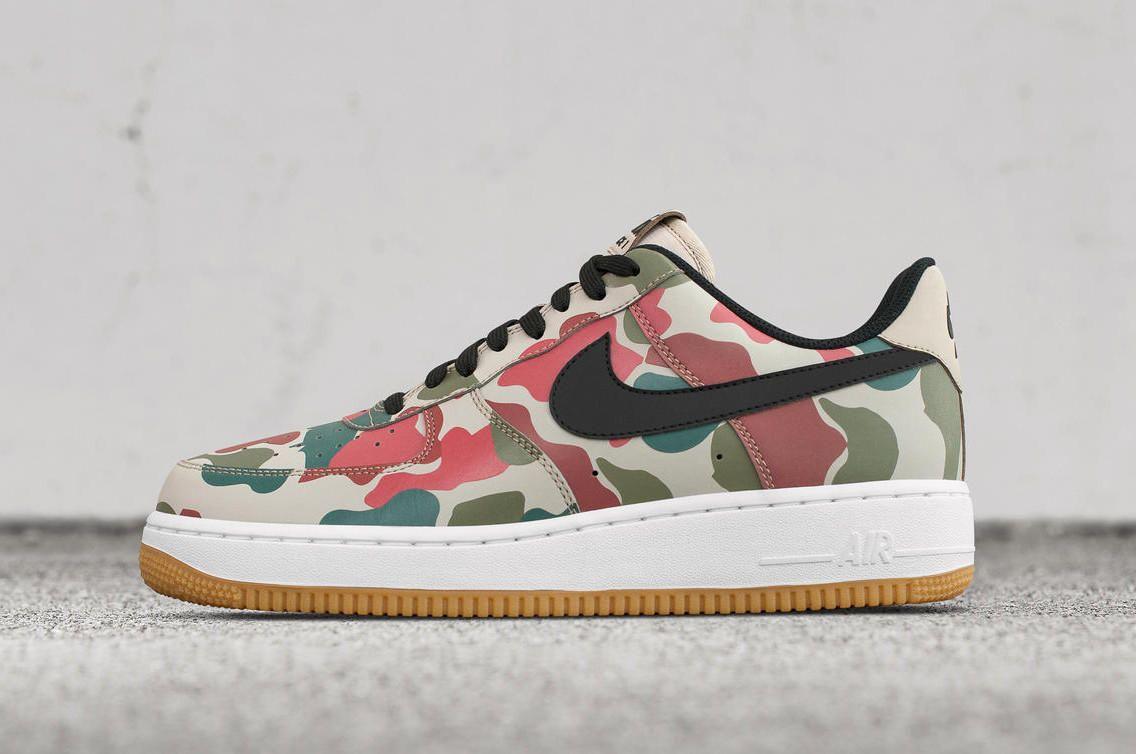 a311e2f3577 Complex Sneakers on