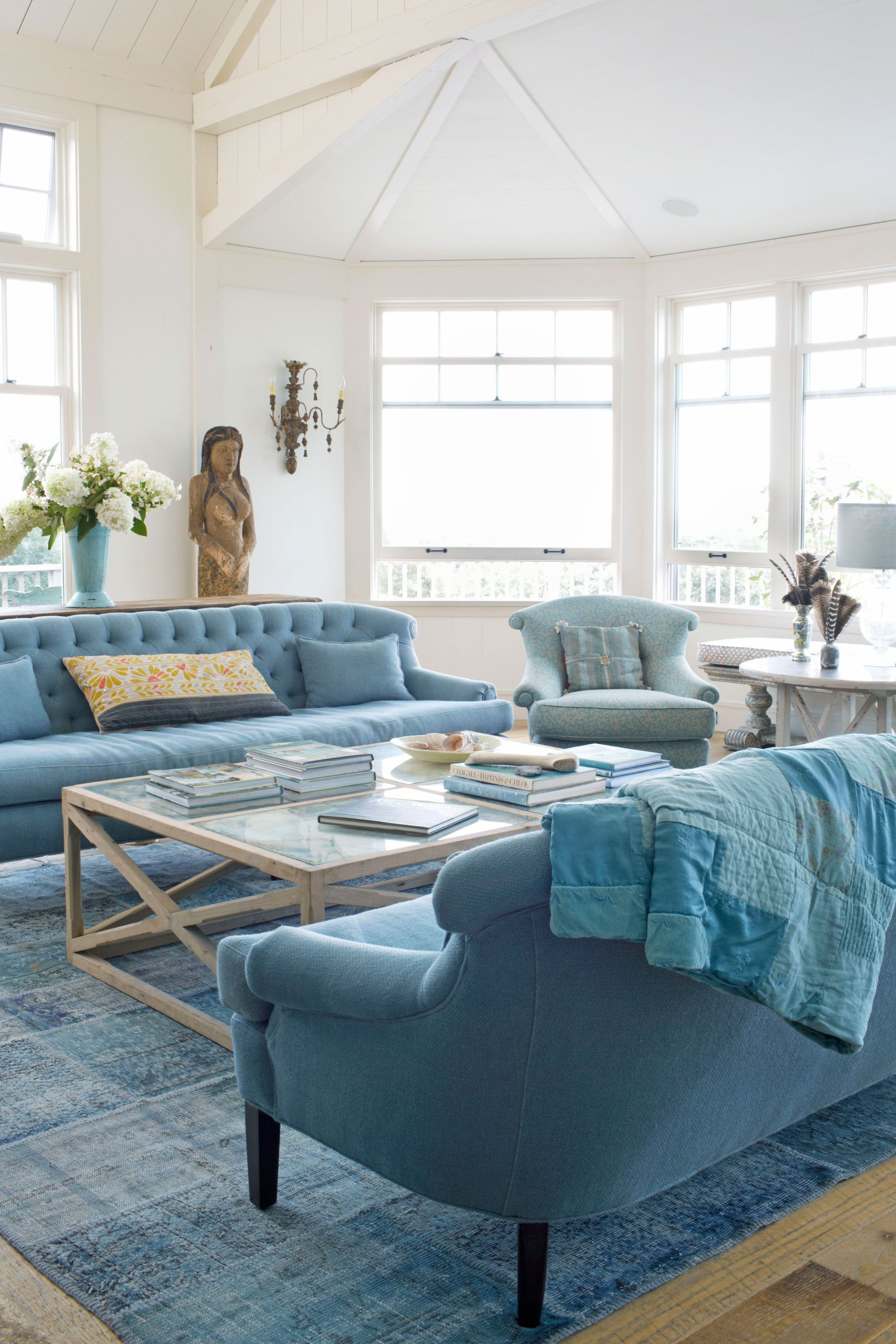 Bring Beach Vibes Into Any Home With These Decor Ideas Beach Decor Living Room Blue Living Room Blue Rooms
