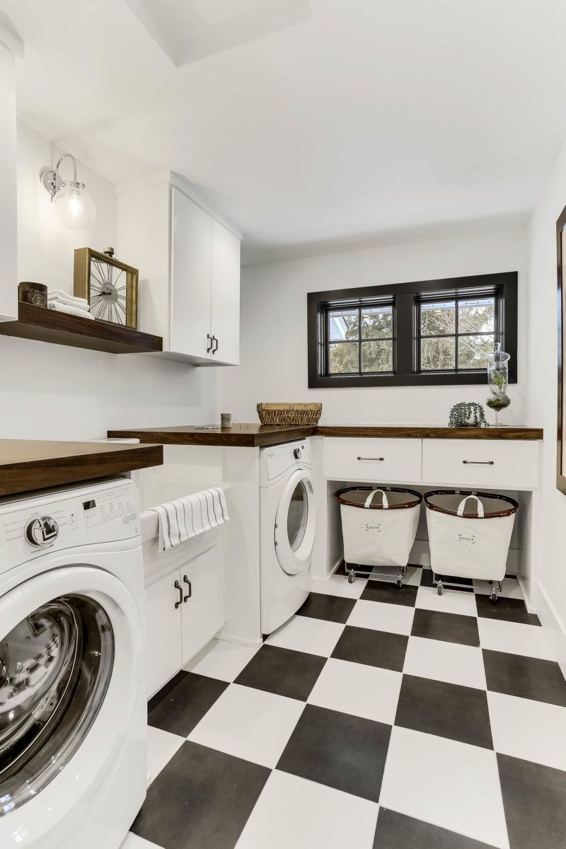 Designing With Black And White Tile With Images White Laundry