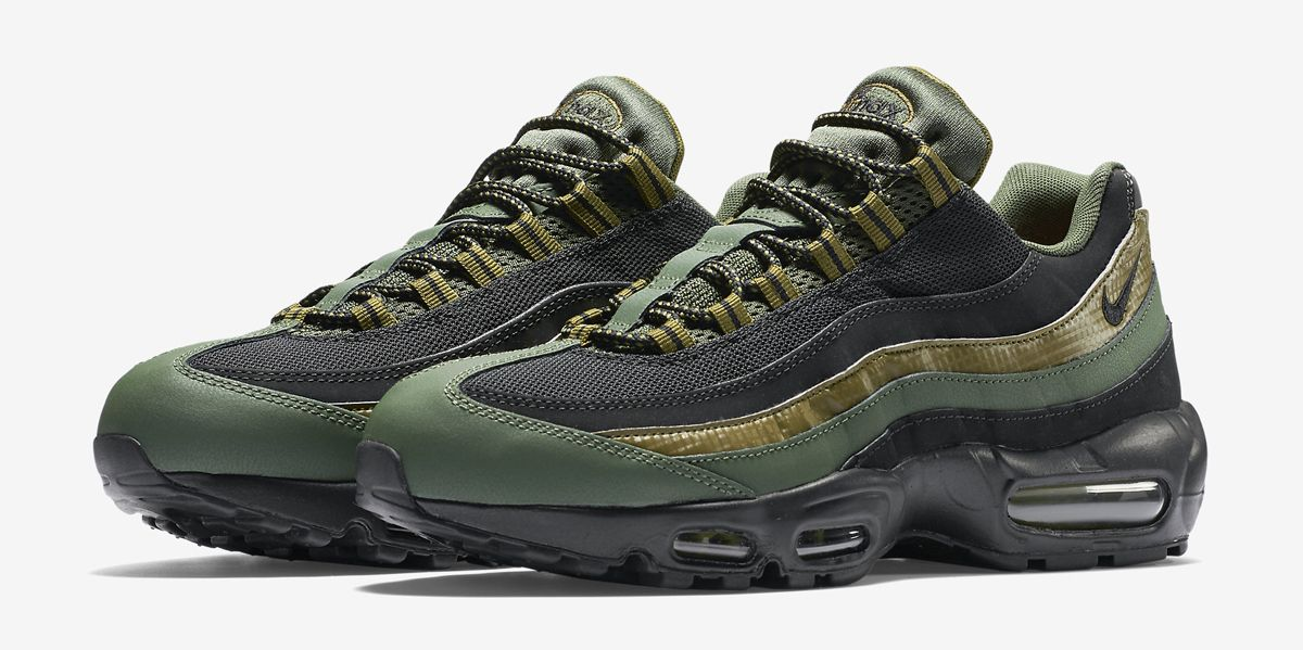huge selection of 7cbe9 a4575 Nike Air Max 95 Carbon Green