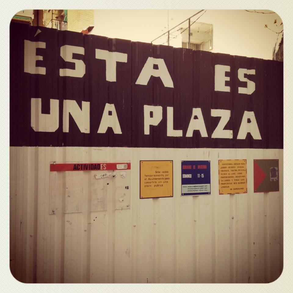 Esta es una plaza  #Madrid #Lavapies #Plaza