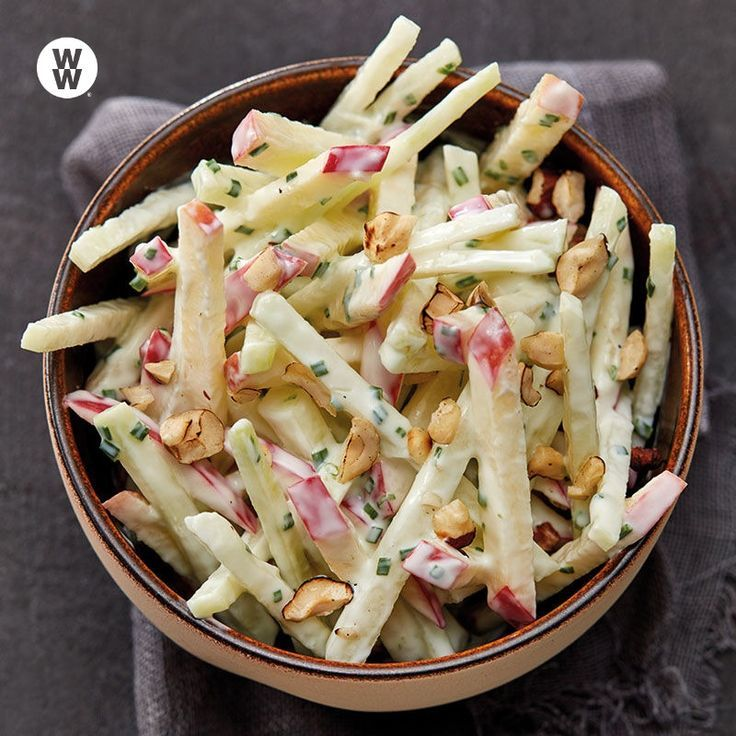 Kohlrabi-Apfel-Salat mit Joghurtdressing Rezept | WW Deutschland