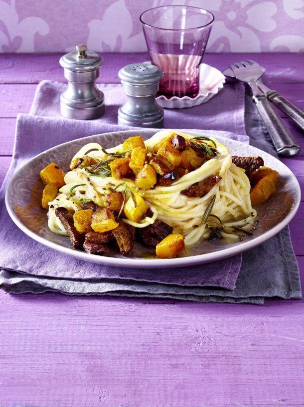 Unser beliebtes Rezept für Gebratener Kürbis auf Spaghetti und mehr als 55.000 weitere kostenlose Rezepte auf LECKER.de.