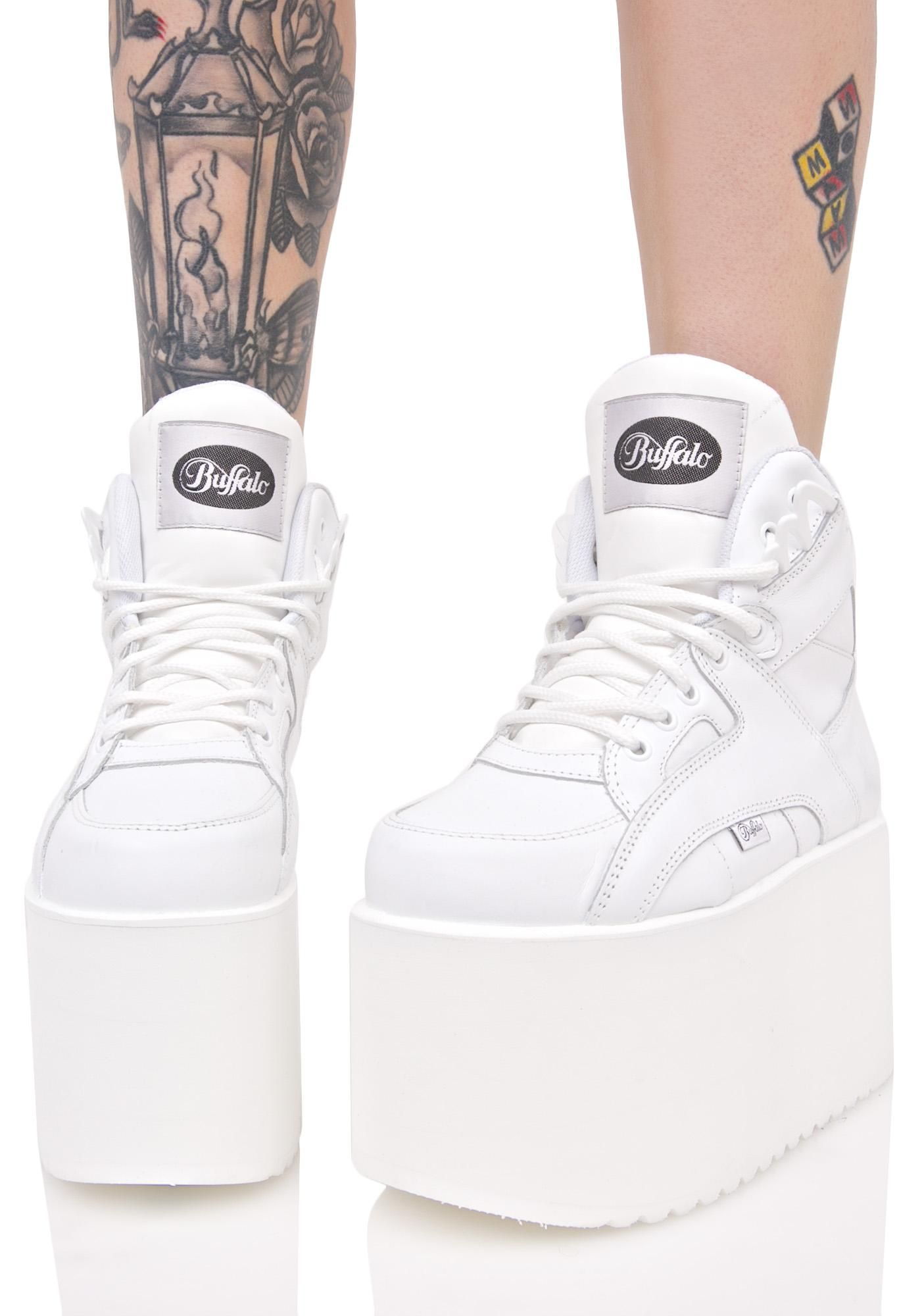 03fe4a08de8 Buffalo Soft Blanco Platform Sneakers cuz yer gettin  lifted to tha heavens