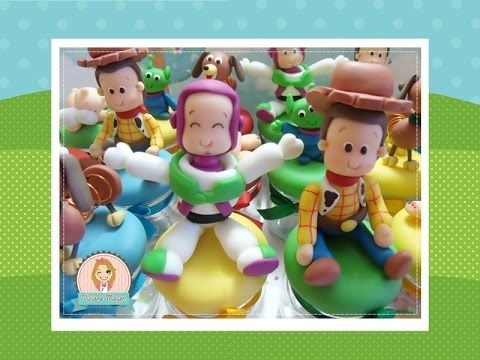 Aula biscuit lembrancinha Buzz e Wooddy toy story