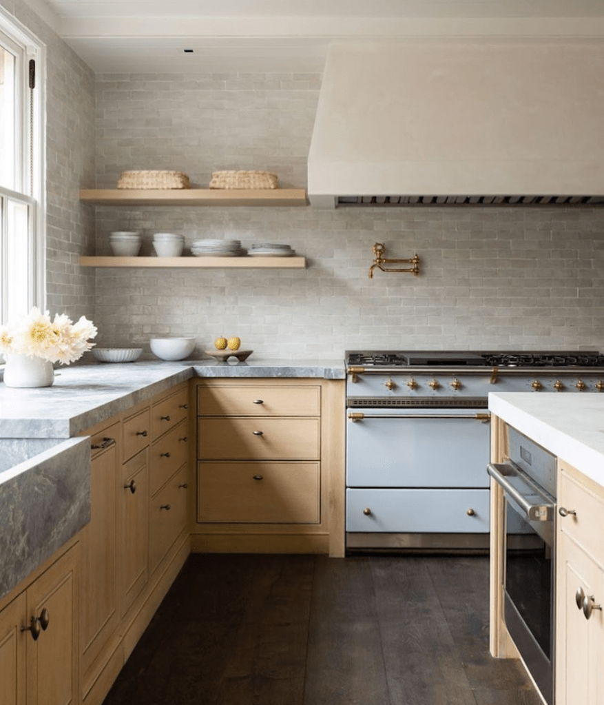 9 Instagram Kitchens I'm Loving and Why   Lindsay Hill Interiors ...