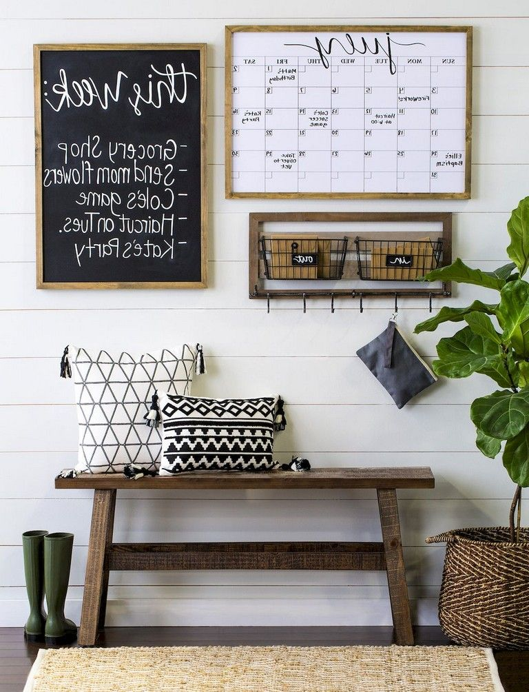 34+ Brilliant Family Command Center Ideas for Small Space HOME