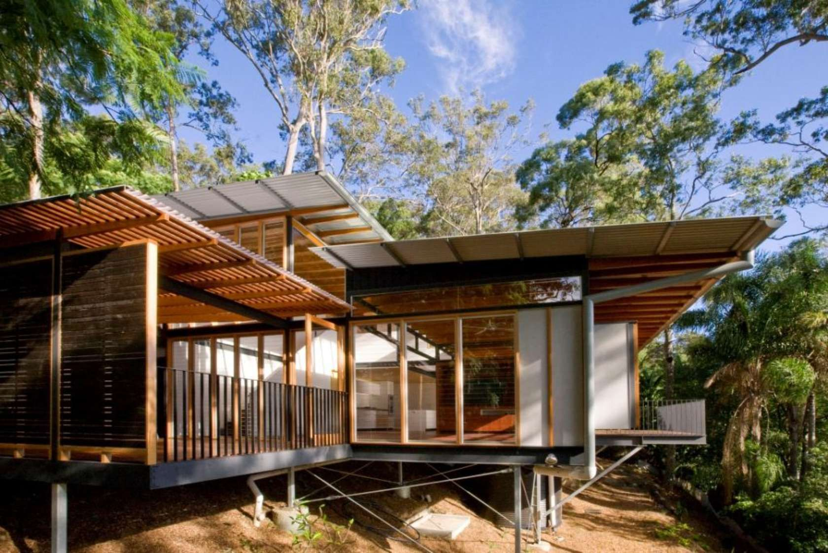 A Bush Style Home For Beautiful Pittwater Site House On Stilts