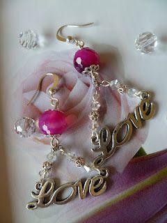 Orecchini con Agata fucsia e cristalli Swarovski  In vendita su www.atuttoshop.blogspot.it