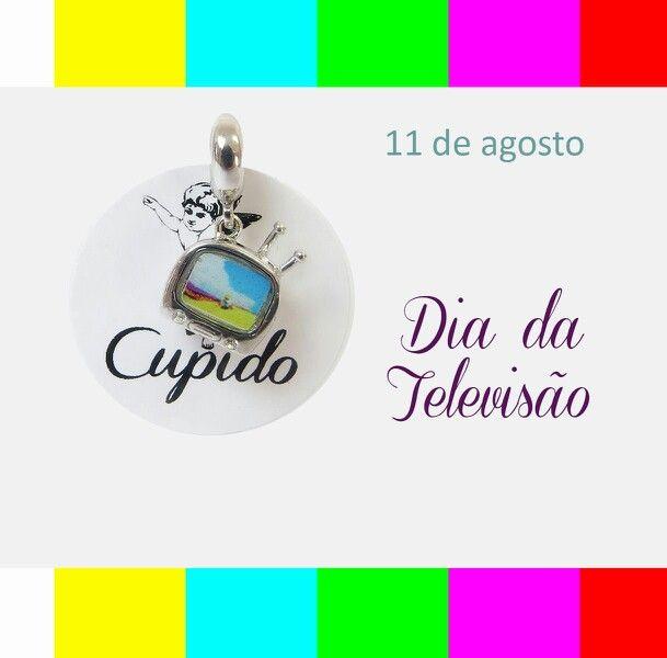 """""""Santa Clara, padroeira da televisão. .."""" #diadatelevisão #berloques #pingentes compatíveis com #pulseira #vivara e #bracelete #pandora"""