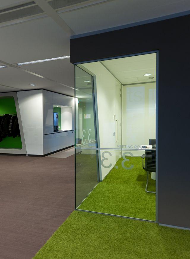 Green carpet      flooring     design      moderndesign   http://www.ironageoffice.com/
