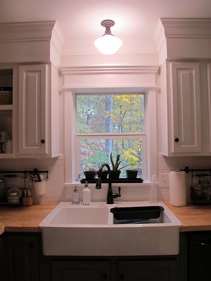 Kitchen redo ideas using white paint kitchen reno for Kitchen molding ideas