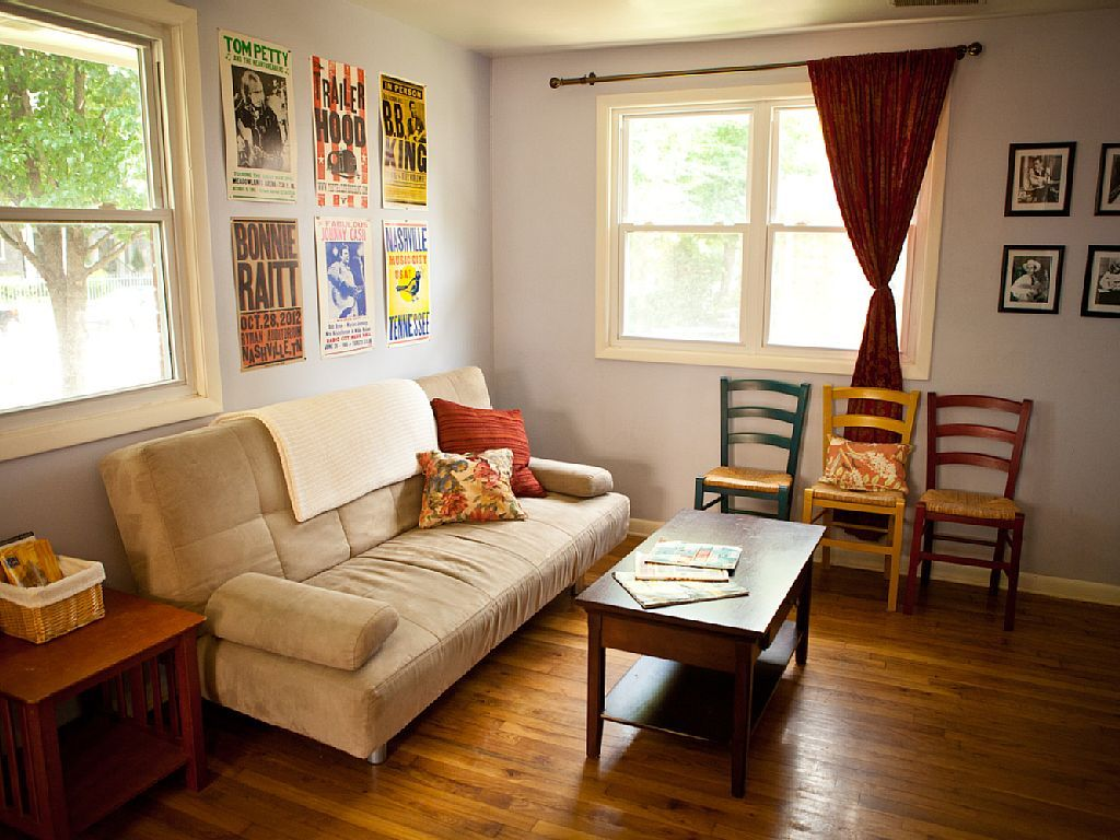 Midtown condo 2 bedroom. 210 a night. Condo, House, Home