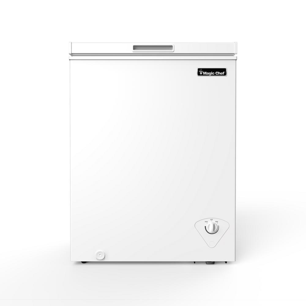 Magic Chef 5 0 Cu Ft Chest Freezer In White Hmcf5w3 Chest
