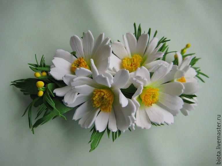 Купить РОМАШКОВАЯ. Заколка-автомат с цветами из фоамирана - белый, ромашки, заколка с ромашками, белые ромашки