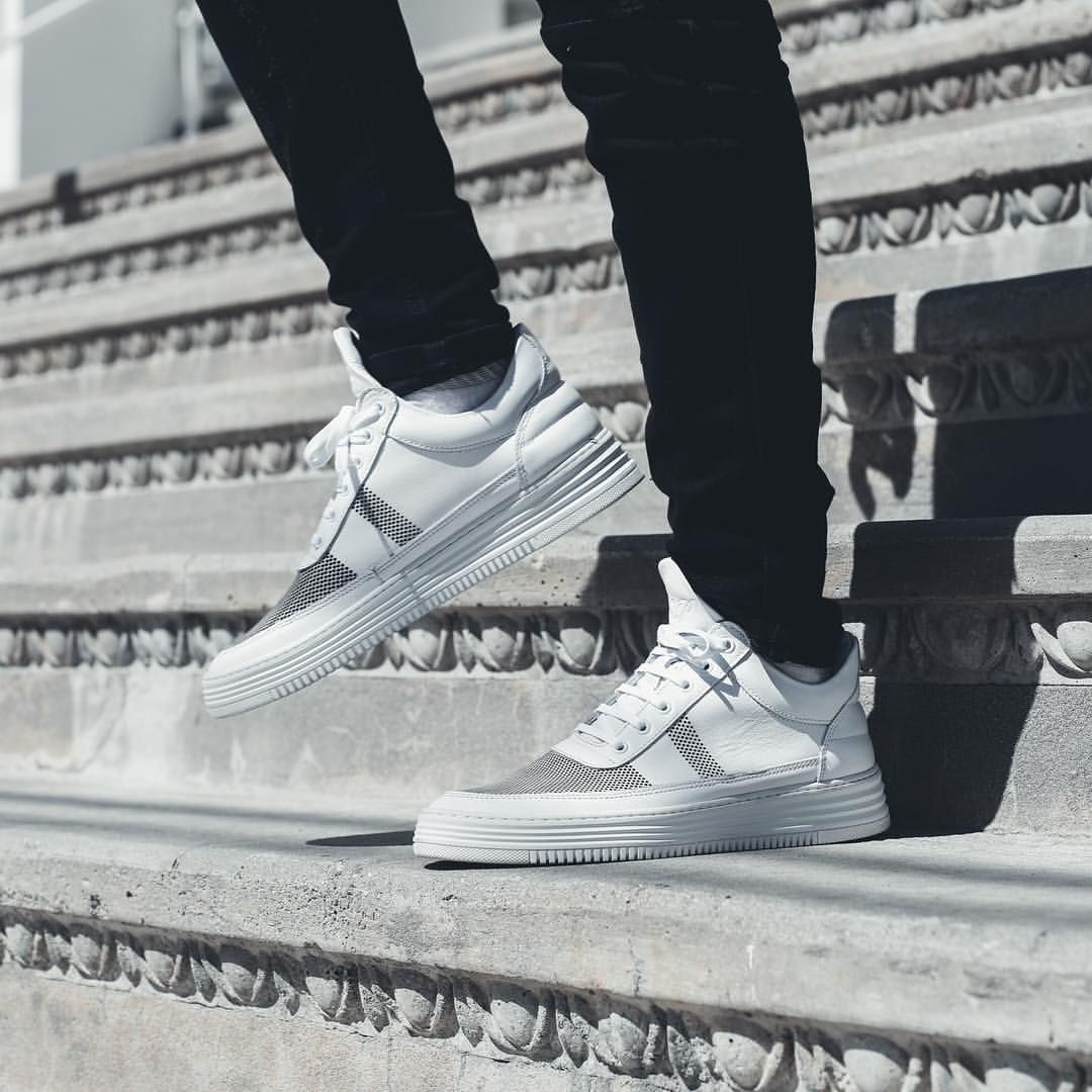 uk availability 0c06d 87712 Filling Pieces Low Top Stripe Perforated
