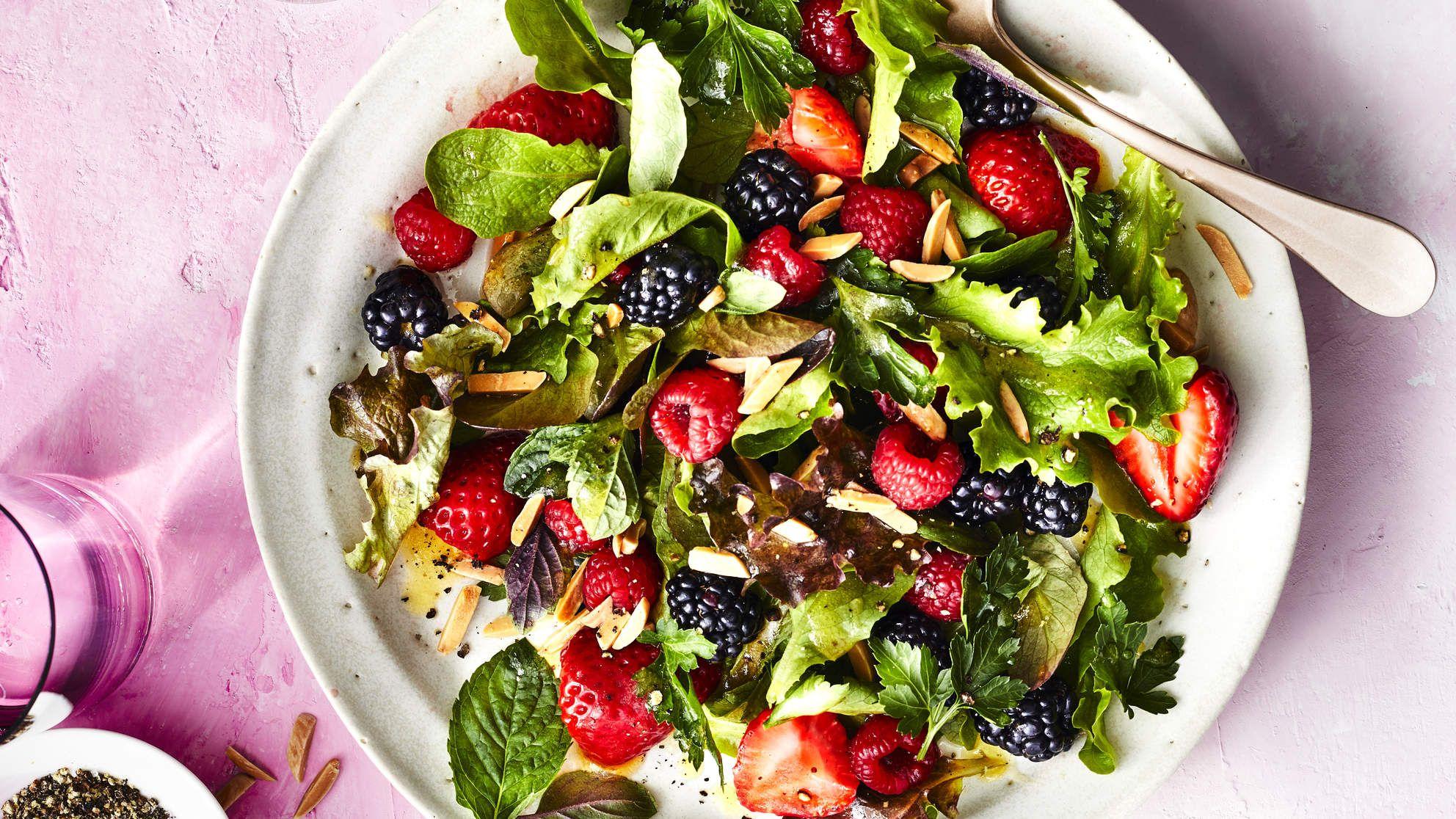 How To Make Fresh Berry Herb Salad Recipe Recipe Berries Recipes Herb Salad Delicious Salads [ 1116 x 1984 Pixel ]
