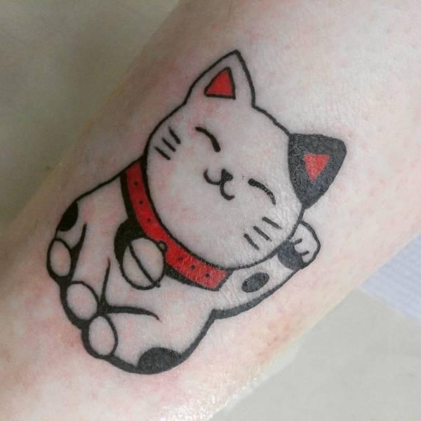 e94595614082f Lucky Cat Tattoo Idea   Tattoos I'd Consider   Lucky cat tattoo, Cat ...